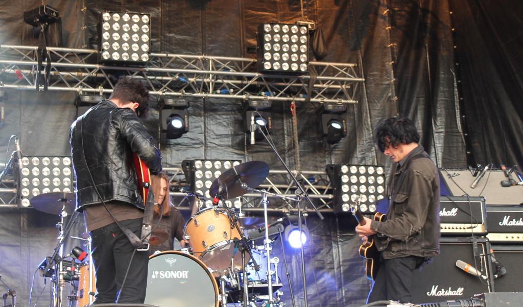 show12