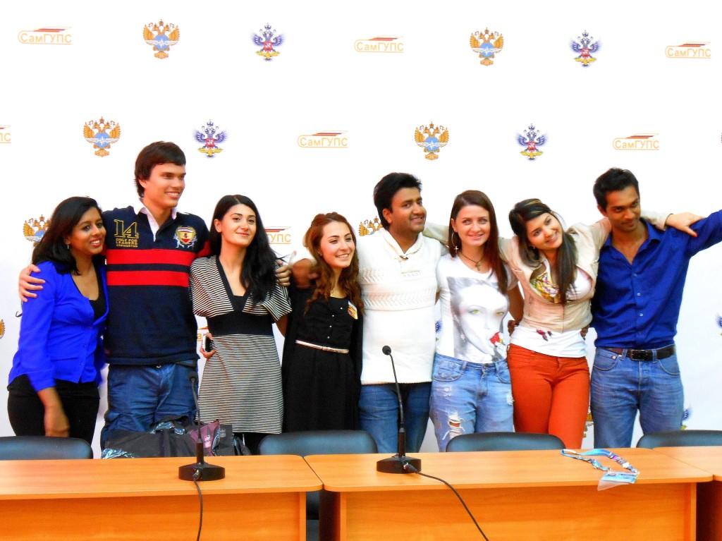 Команда волонтёров