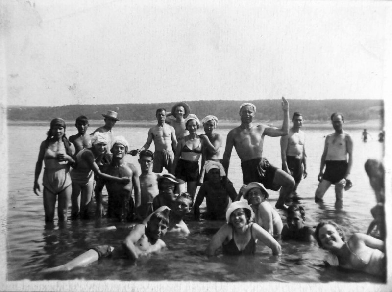 beach00-1935