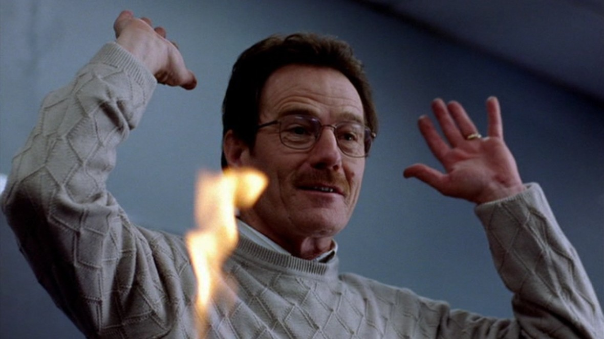 Walter-White-Brian-Cranston-in-Breaking-Bad-1x01