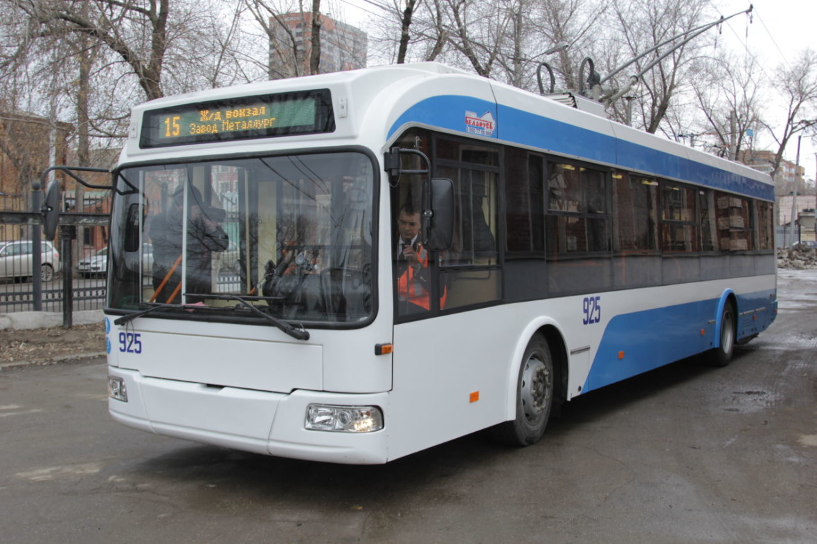 Новые троллейбусы 2015 Елизарова (3)