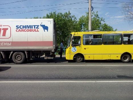 автобус 02