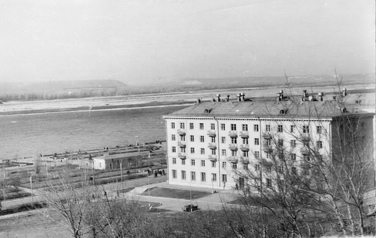 1968Бичуров