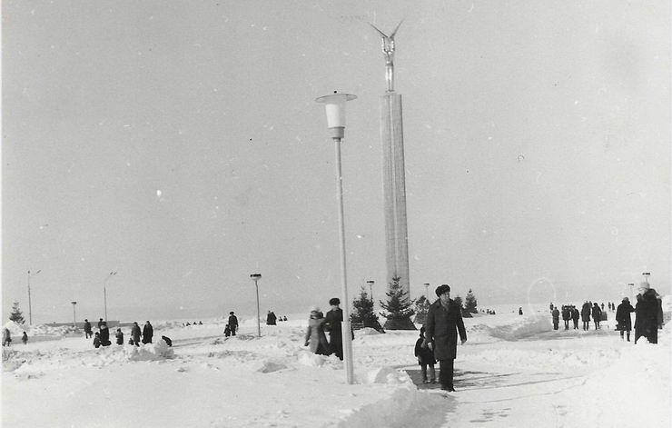Площадь Славы. Январь 1978 года.