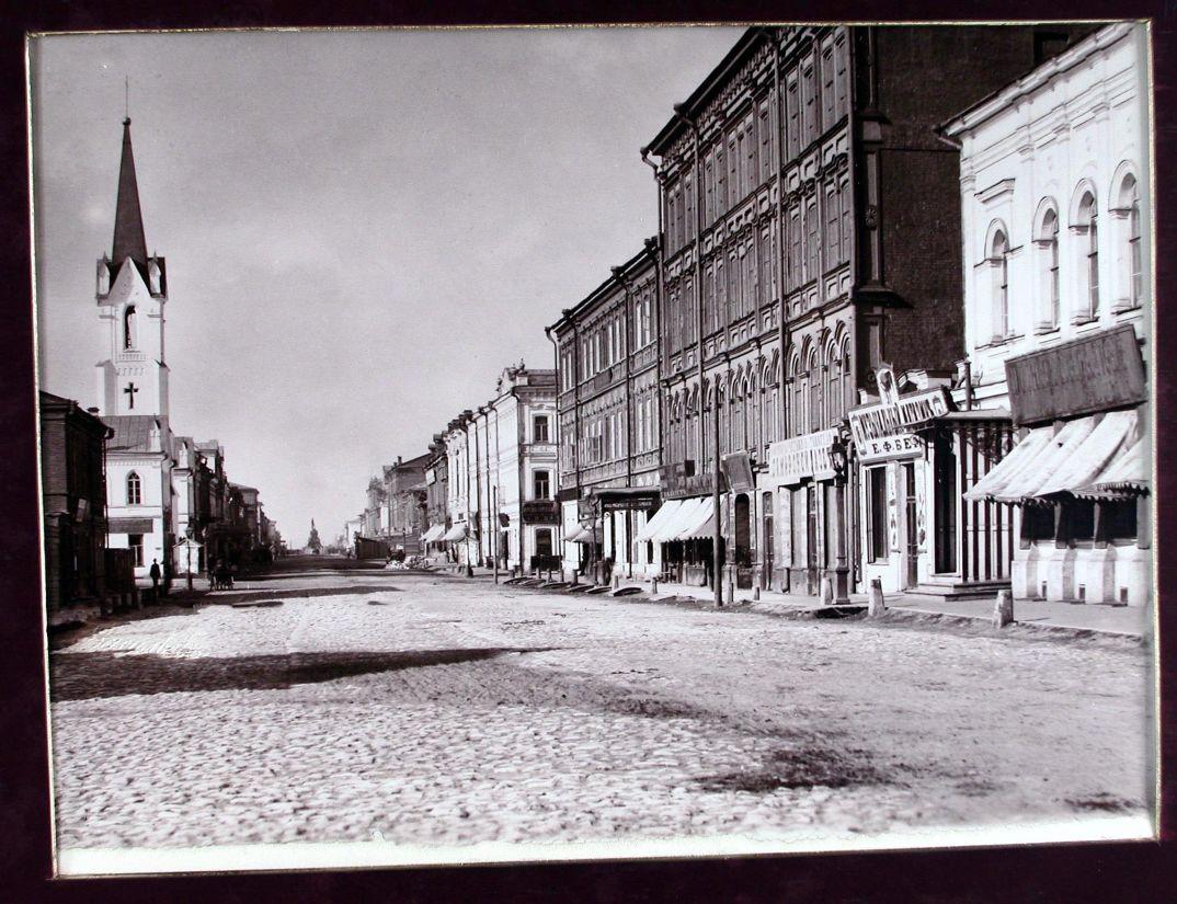 05. Вид на Дворянскую улицу с северной стороны