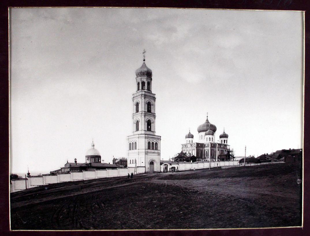 08. Вид на женский монастырь Иверской Божьей