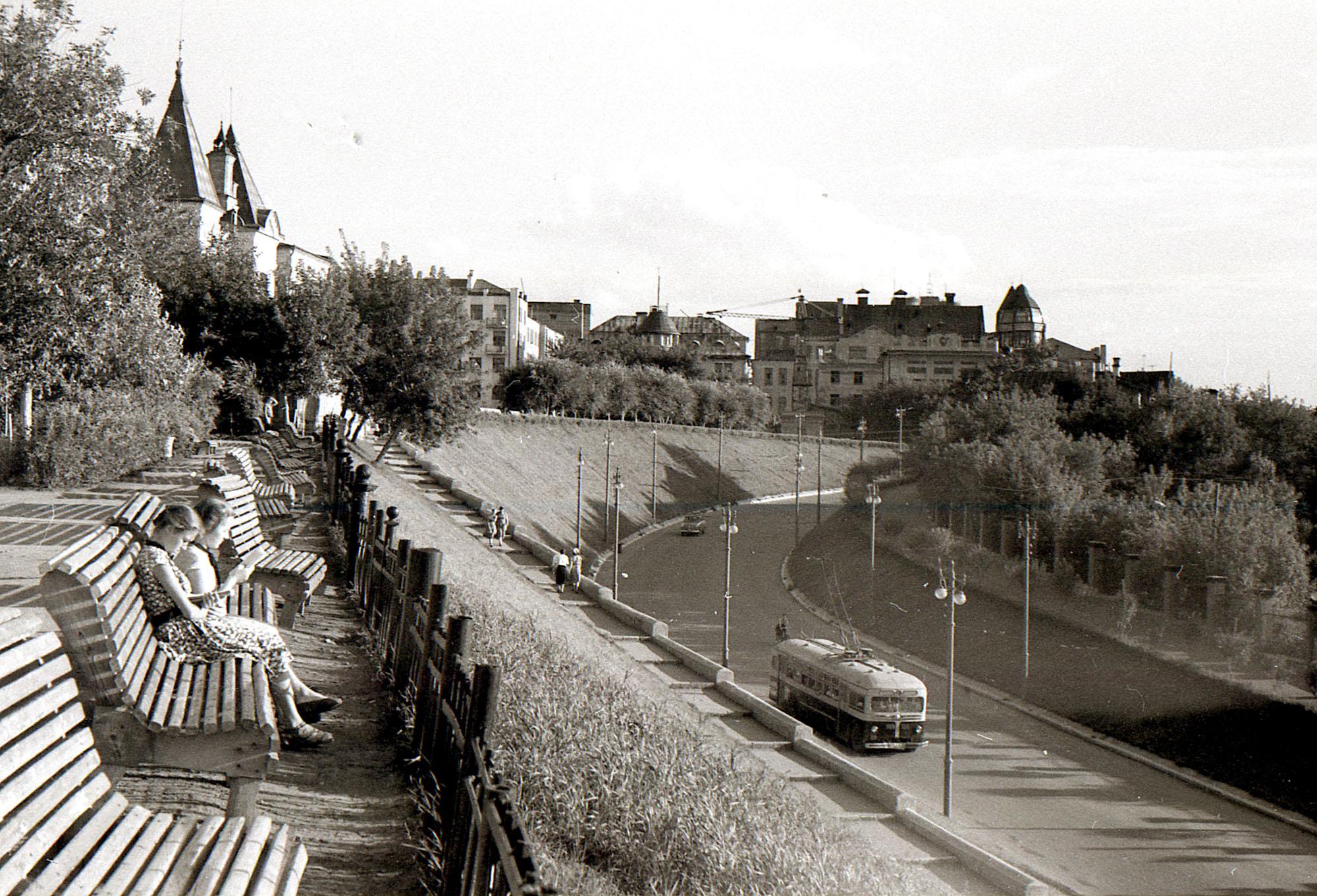 Сквер-Пушкина