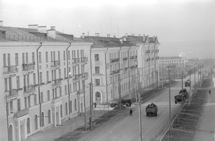 Общий вид проезда Масленникова. 15.11.1955