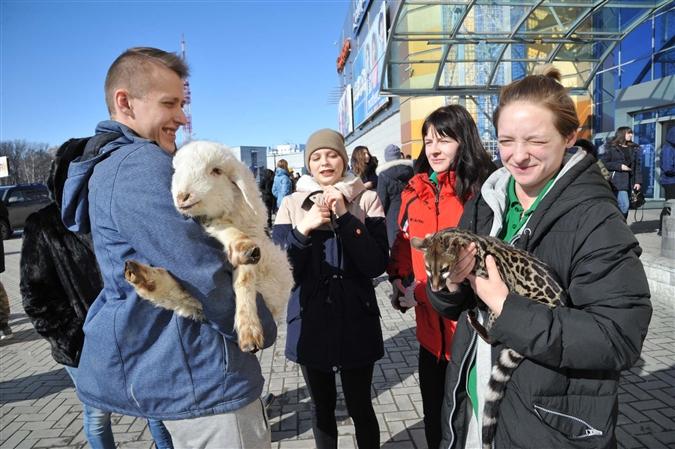 """В """"Парк Хаусе"""" зоопарк находится на третьем этаже. Этой весной часть животных эвакуировали во время учебной тревоги."""