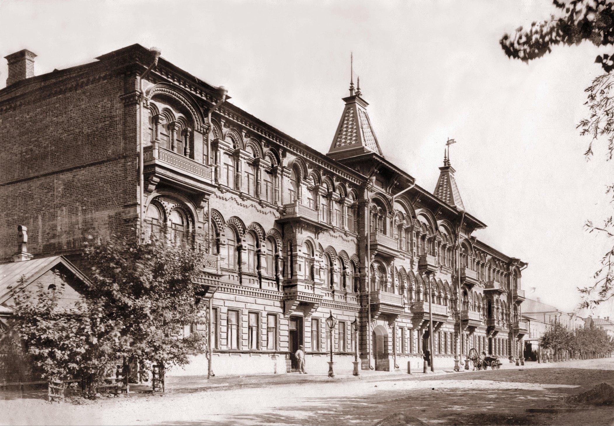 Дом Челышова на Саратовской