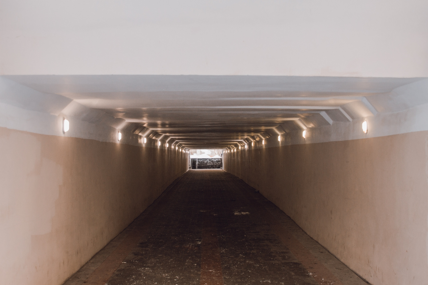 Подземный переход у Теннисной