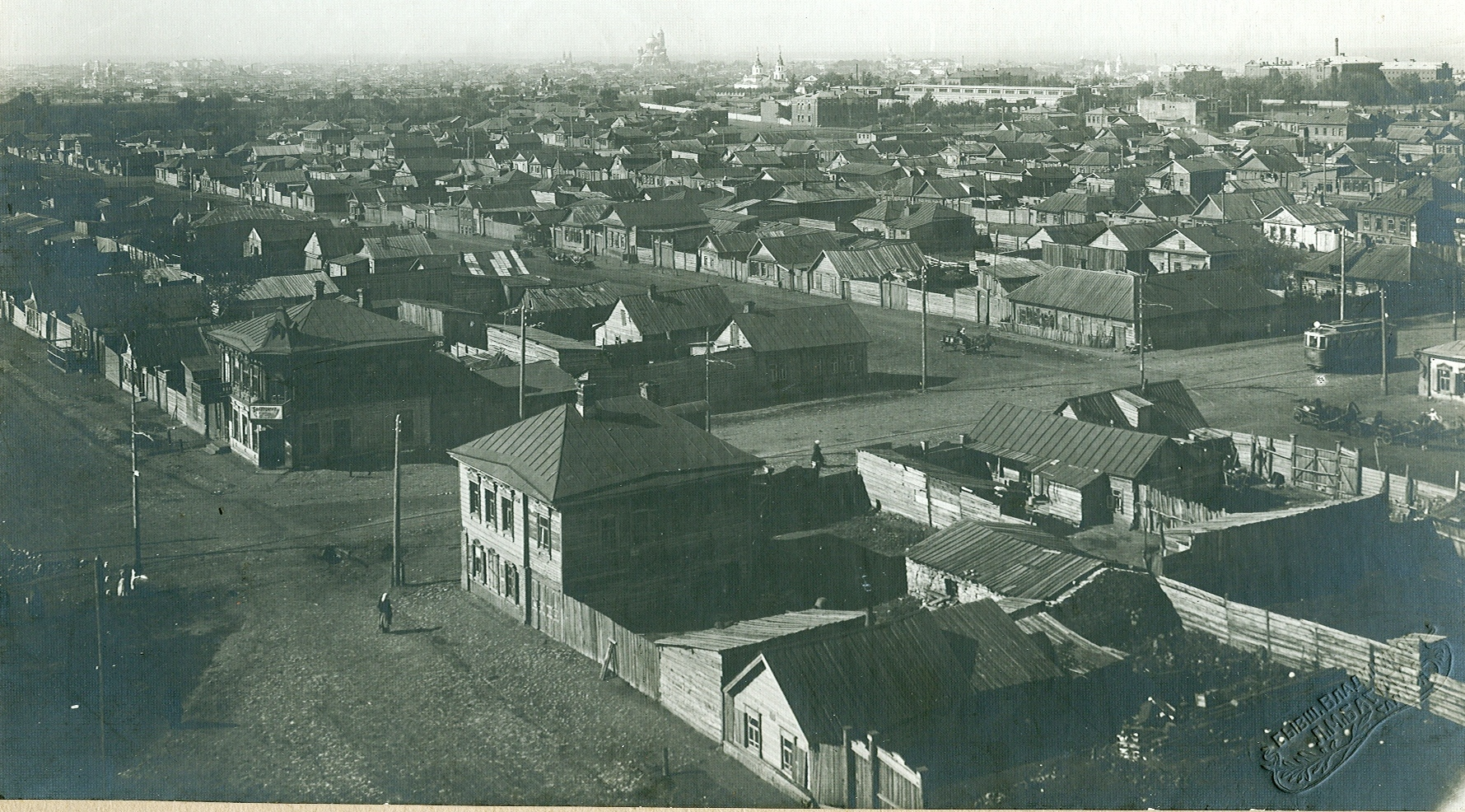 4 вид на юго-запад (Трамвай на ул. Мельничной).