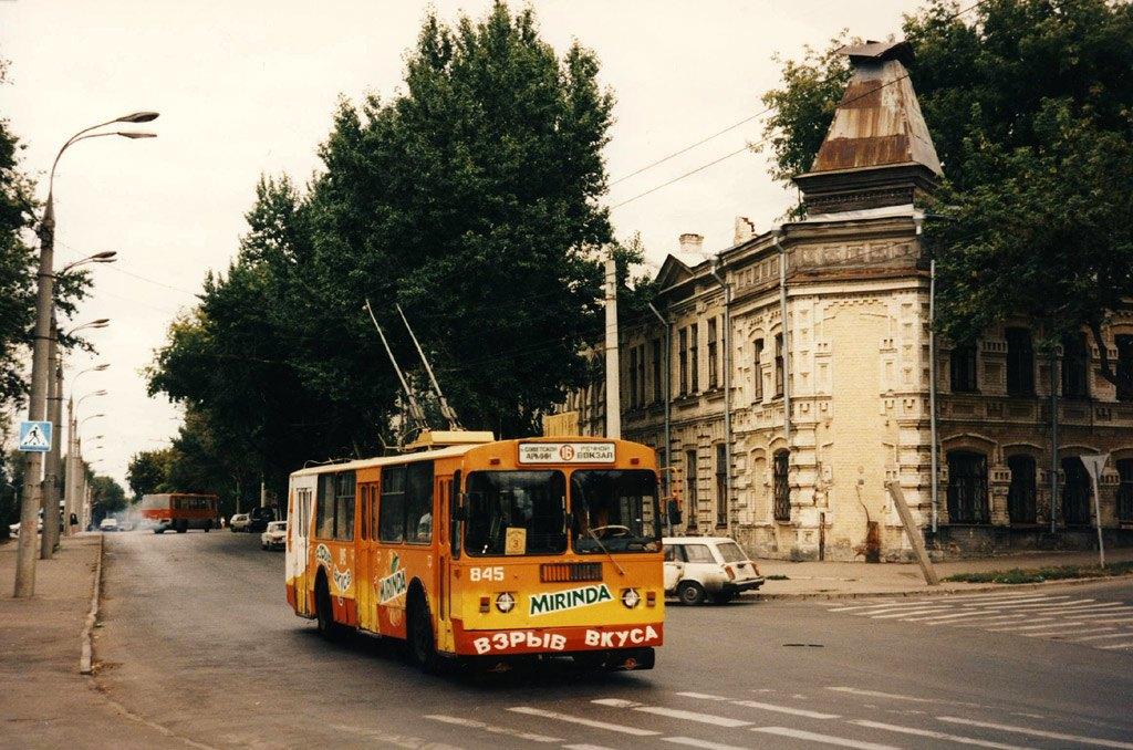 Троллейбус №16