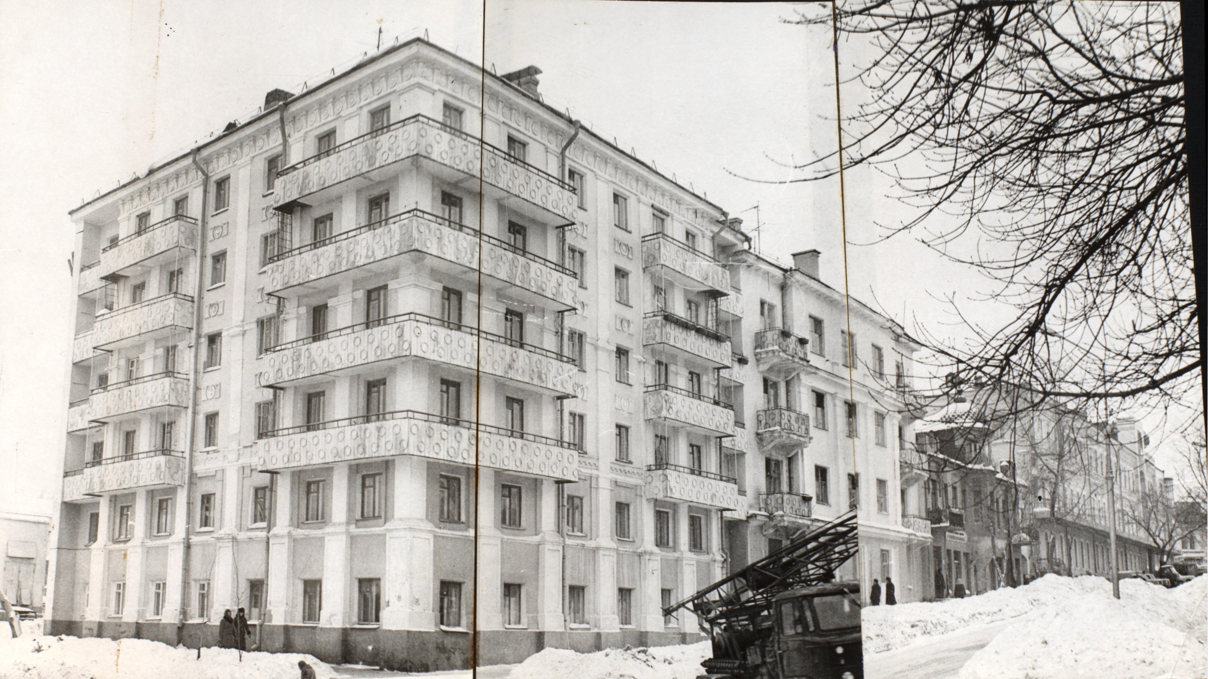 Угол Степана Разина и Ленинградской