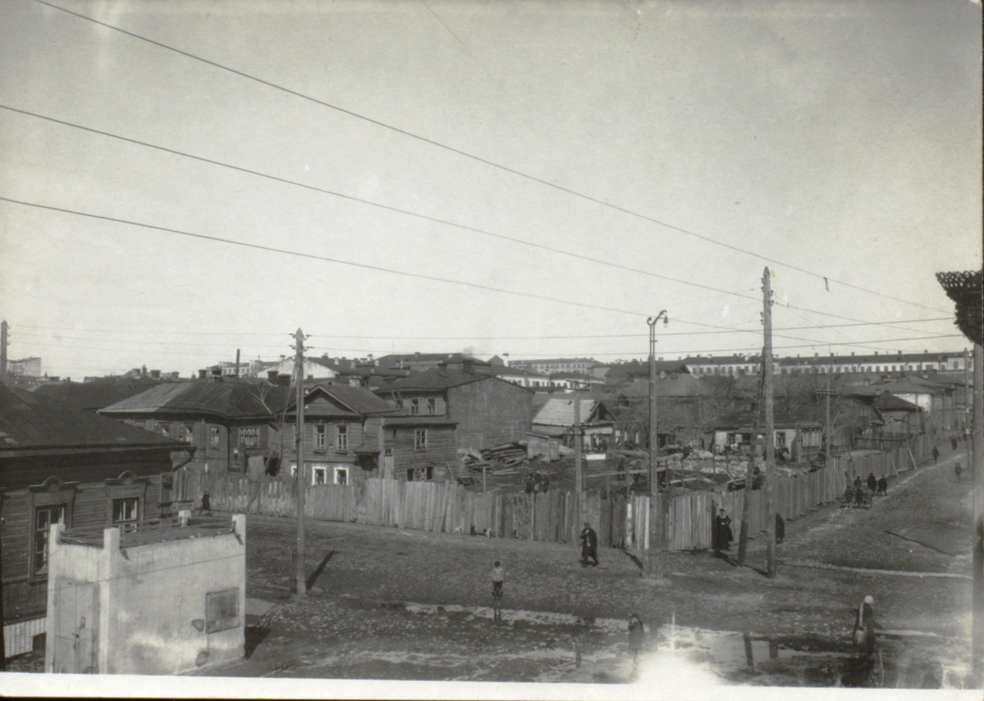 Угол улиц Венцека и Садовой