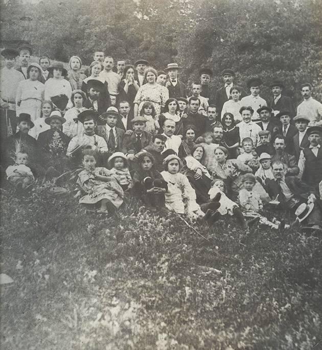02 Рабочие на Барбошиной поляне. 1914 год