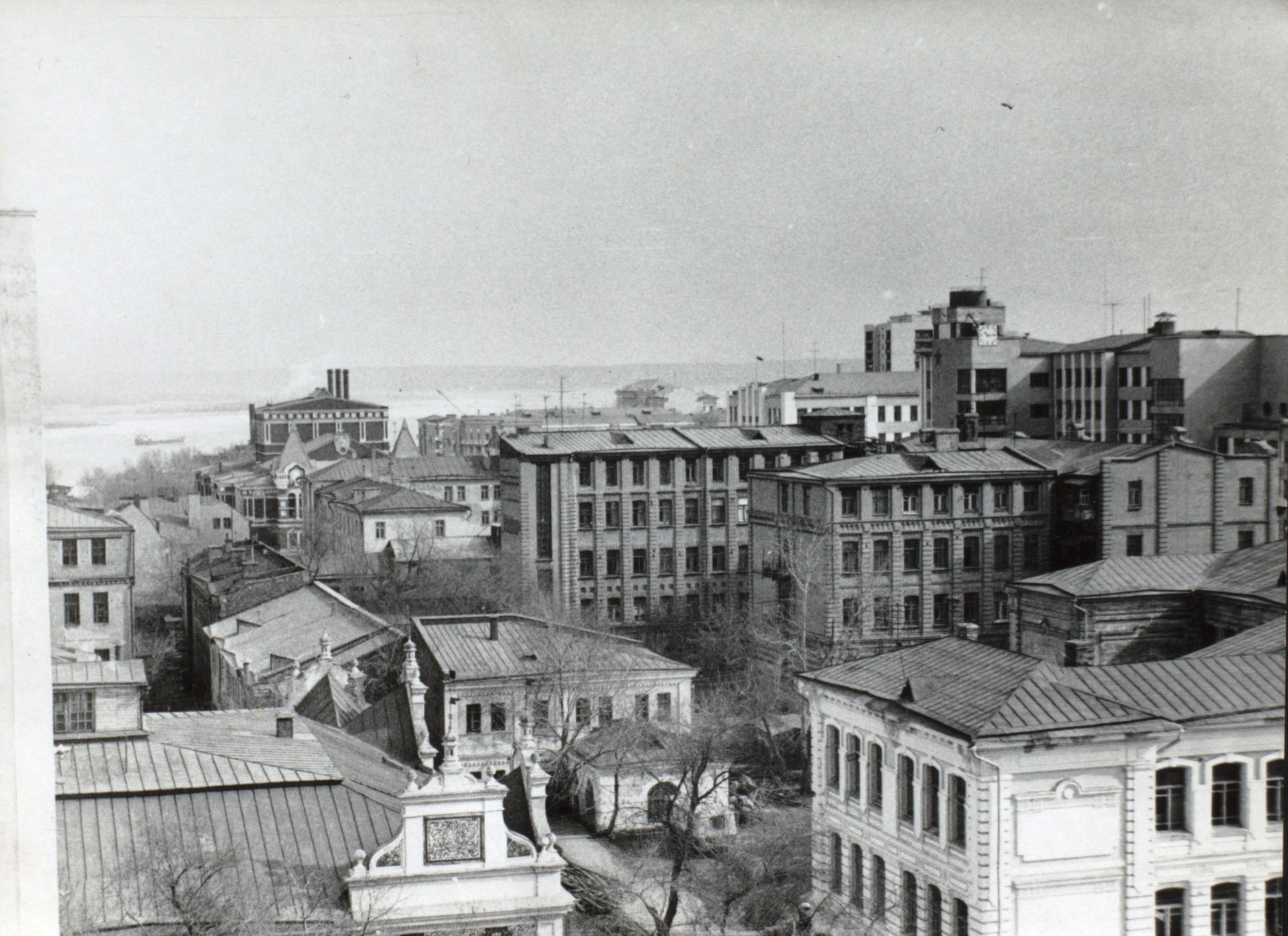 Вид из окна Дома промышленности