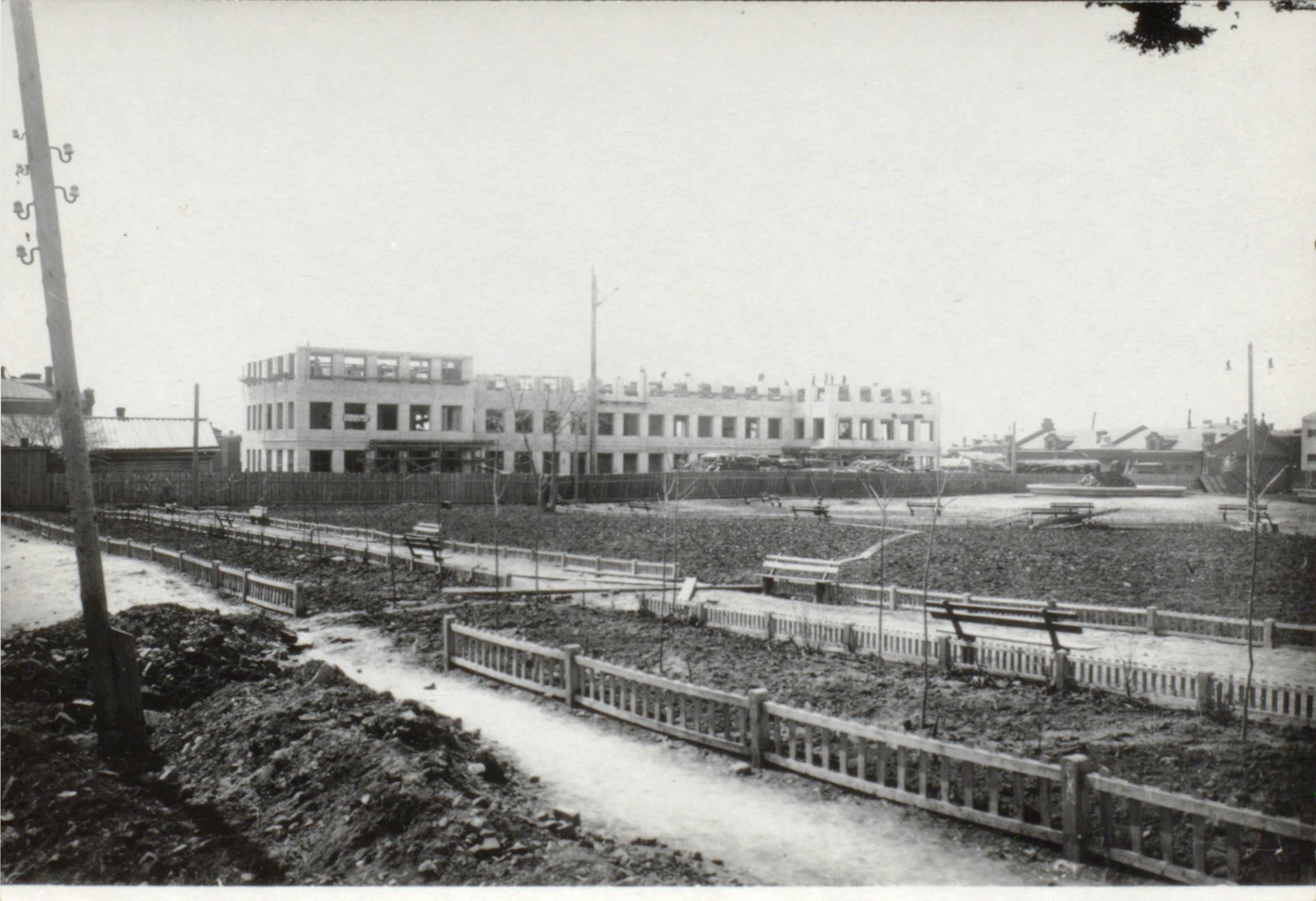 Строительство школы на Ильинской площади