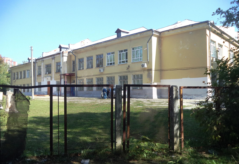 Мориса Тореза-ФОТО-02-старая школа