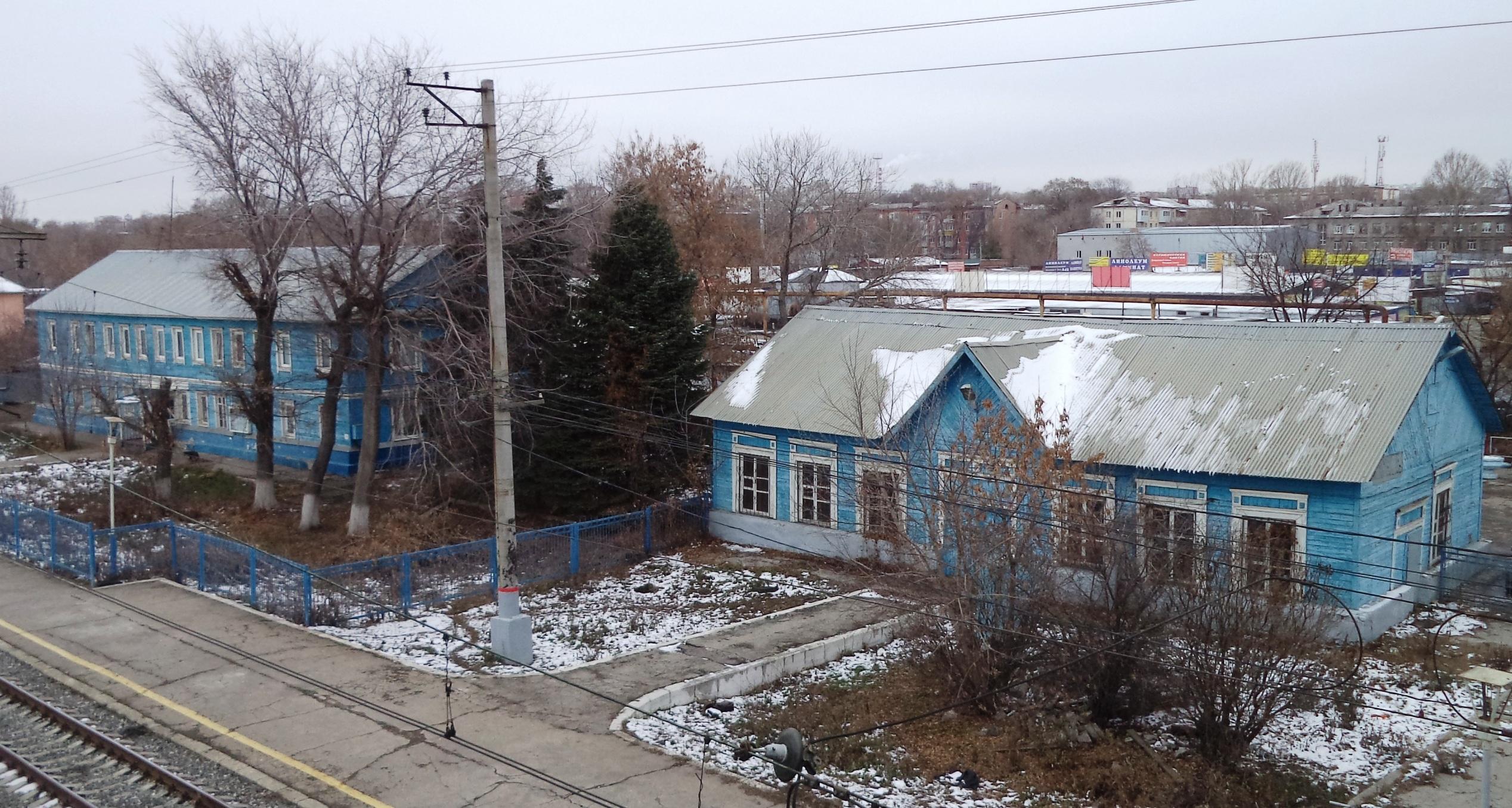 Здание станции Безымянка. Слева. Фото Евгения Альмяшева.