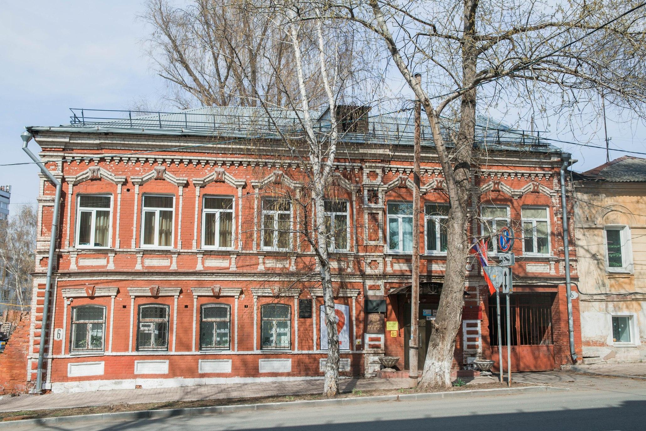 Дом Каткова на Пионерской