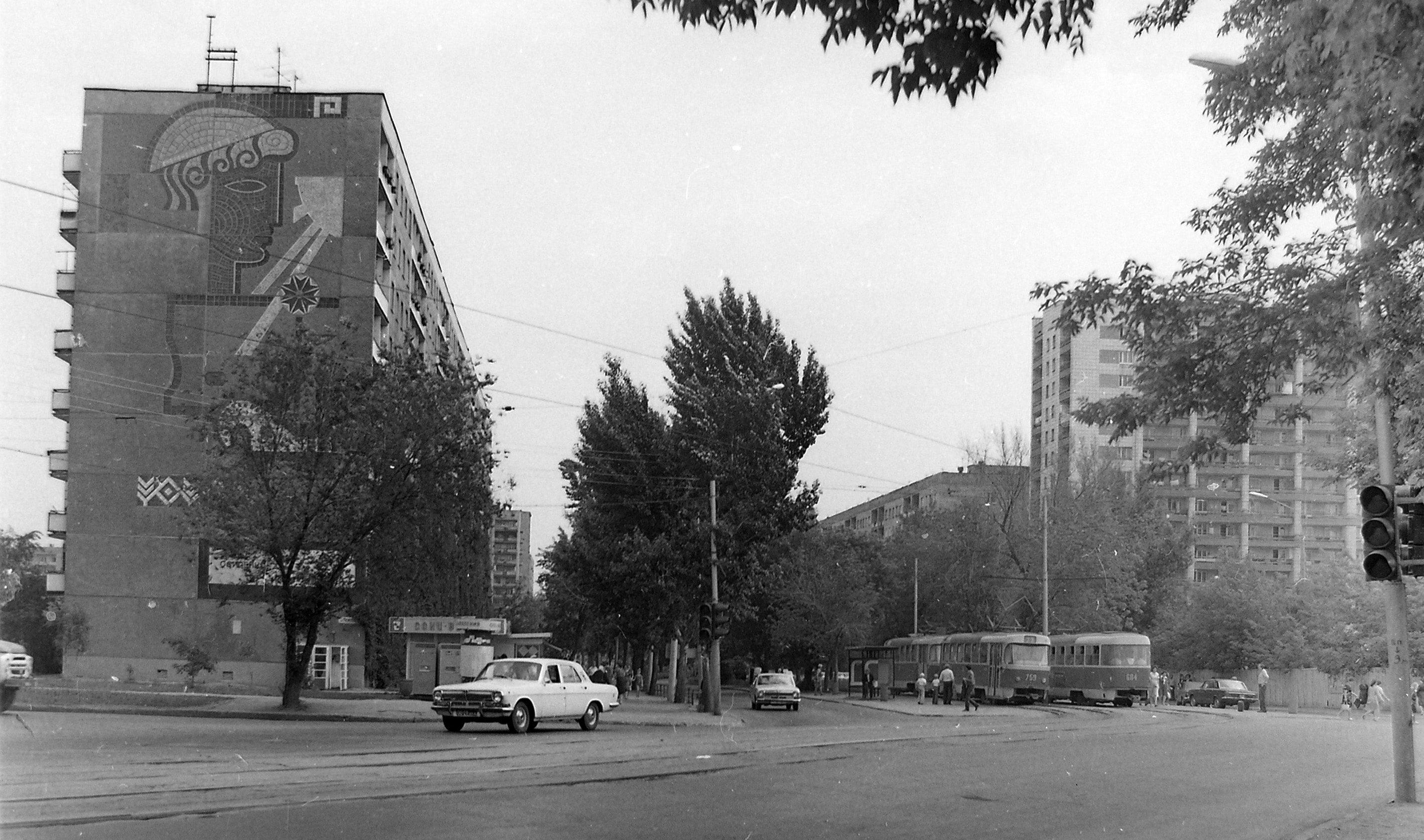 Перекресток Ново-Садовой и Осипенко