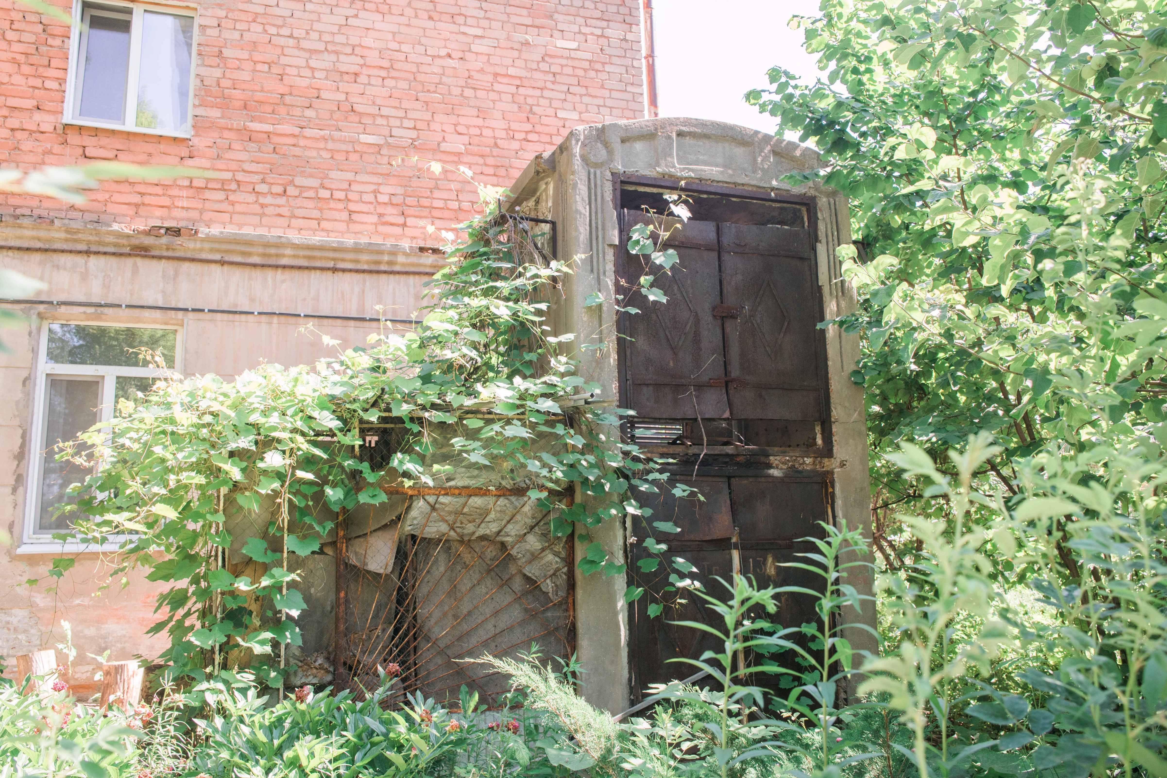 Древняя трансформаторная будка