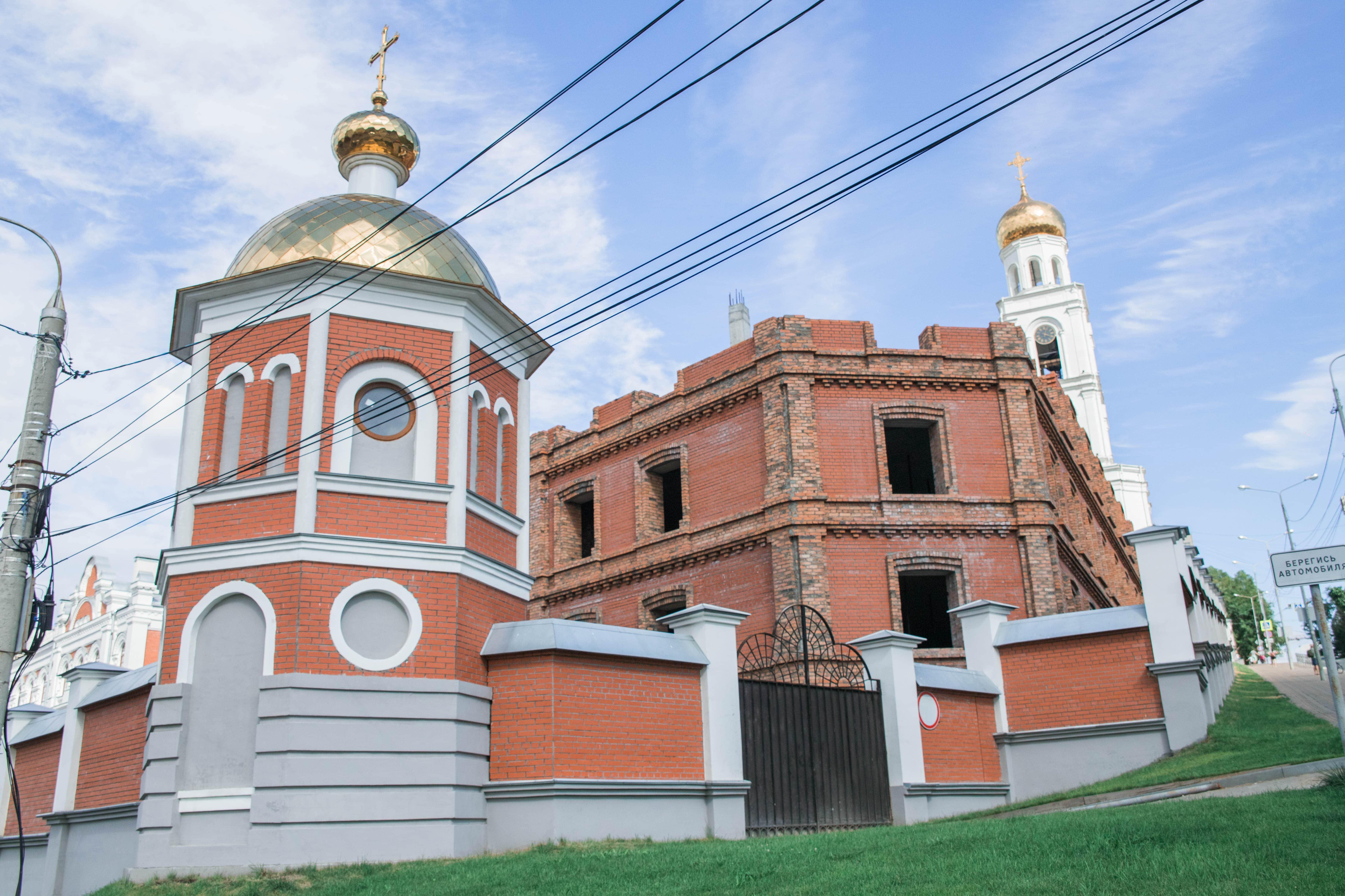 Новый корпус Иверского монастыря