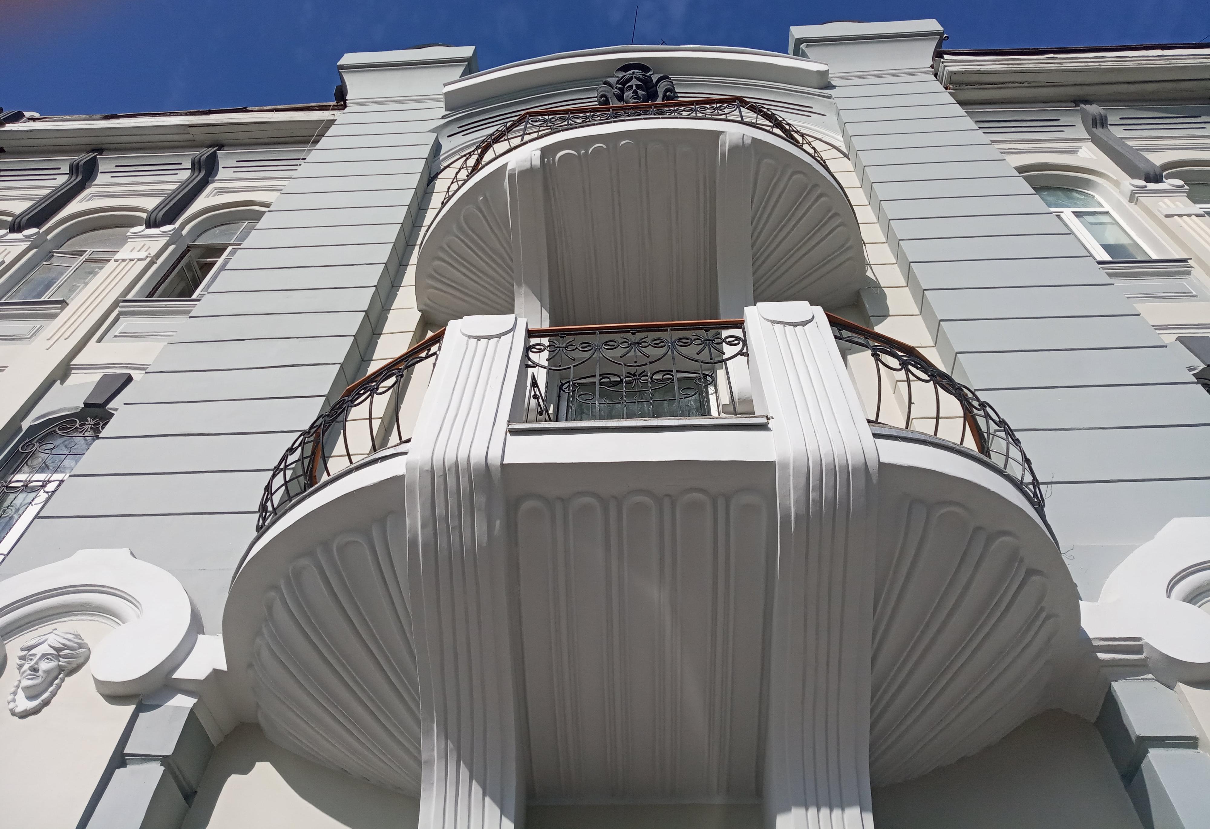 Балконы дома Филимонова