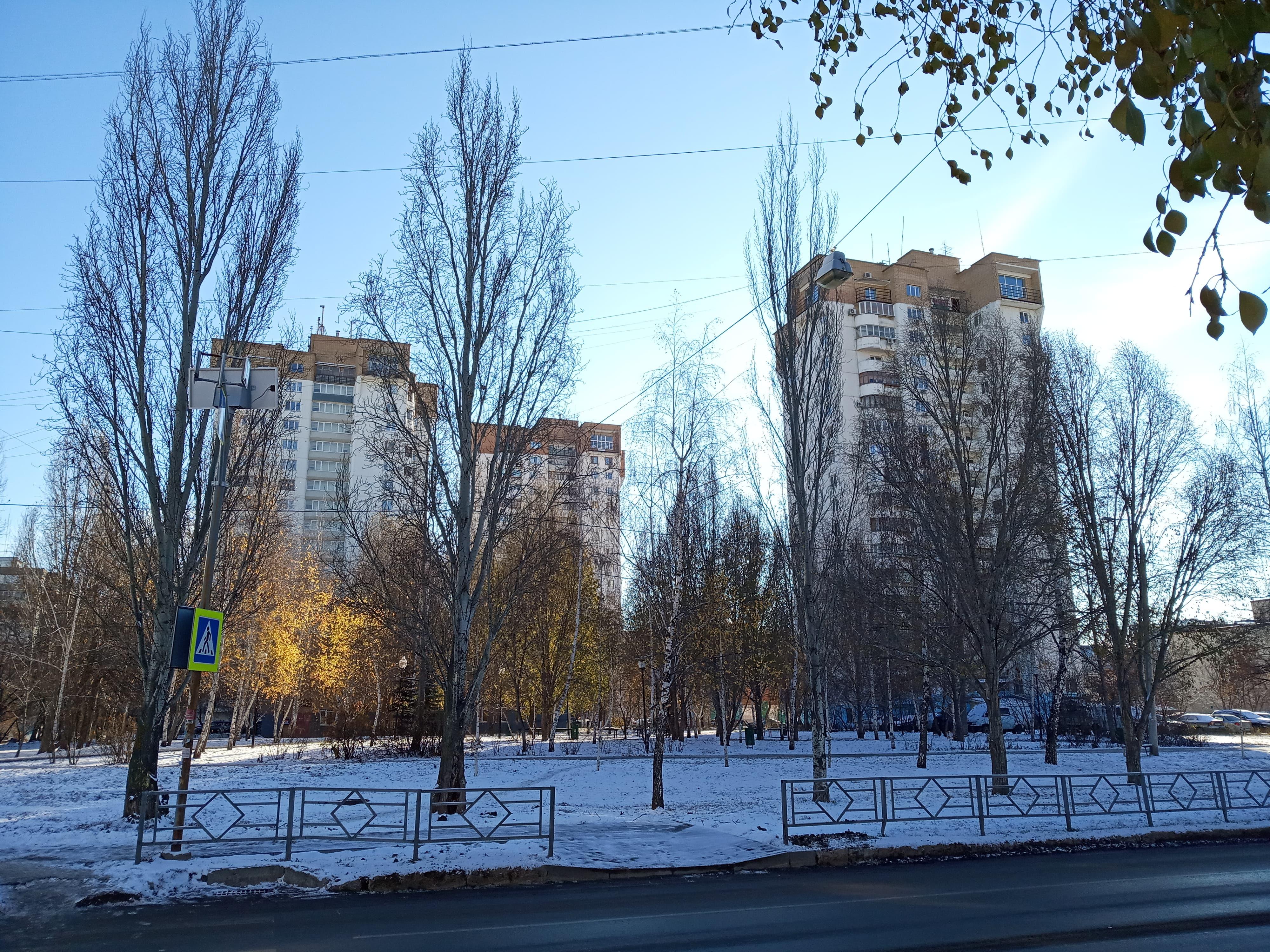 Монолитные дома улицы Силина