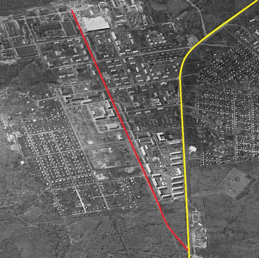 Красная линия -- улица Сергея Лазо. Желтая линия -- Красноглинское шоссе.