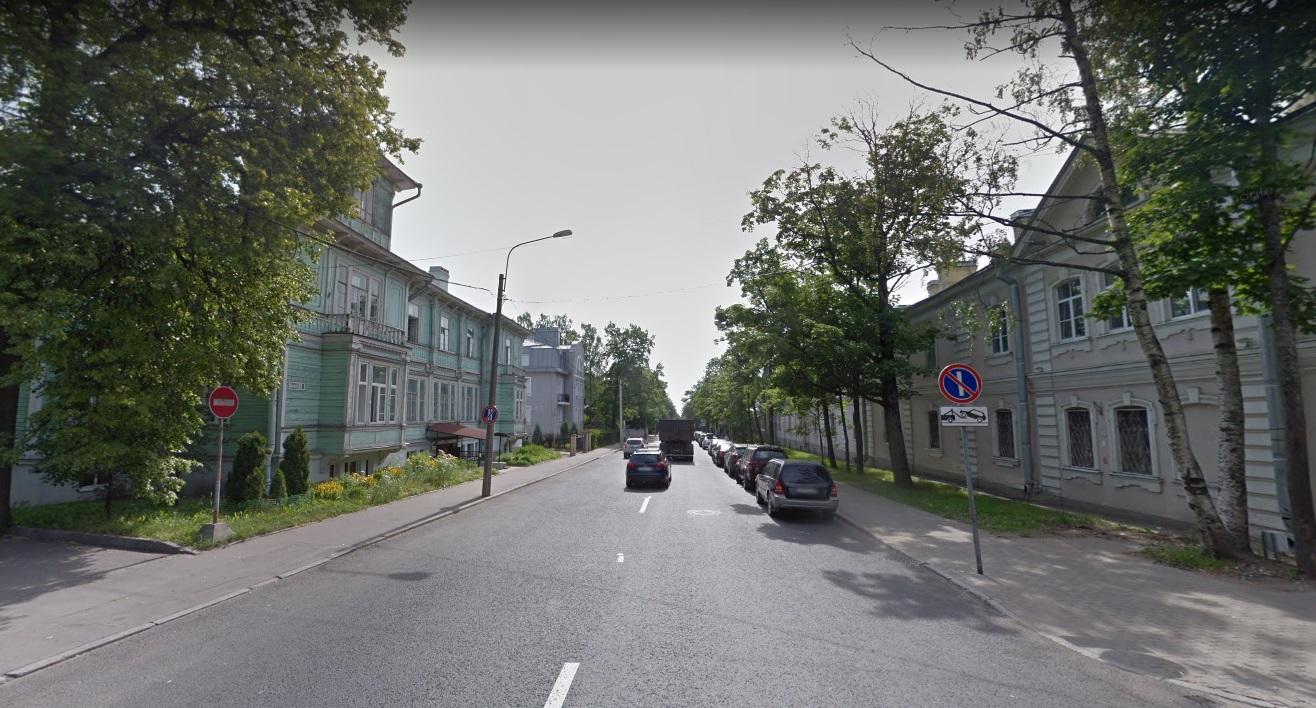 Средняя в Санкт-Петербурге