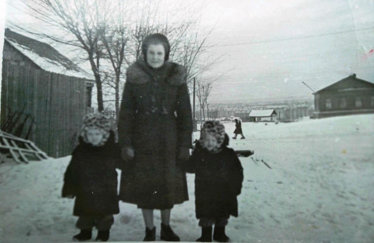 СА-ФОТО-019-Куйбышев-1960-угол Дыбенко и СовАрмии