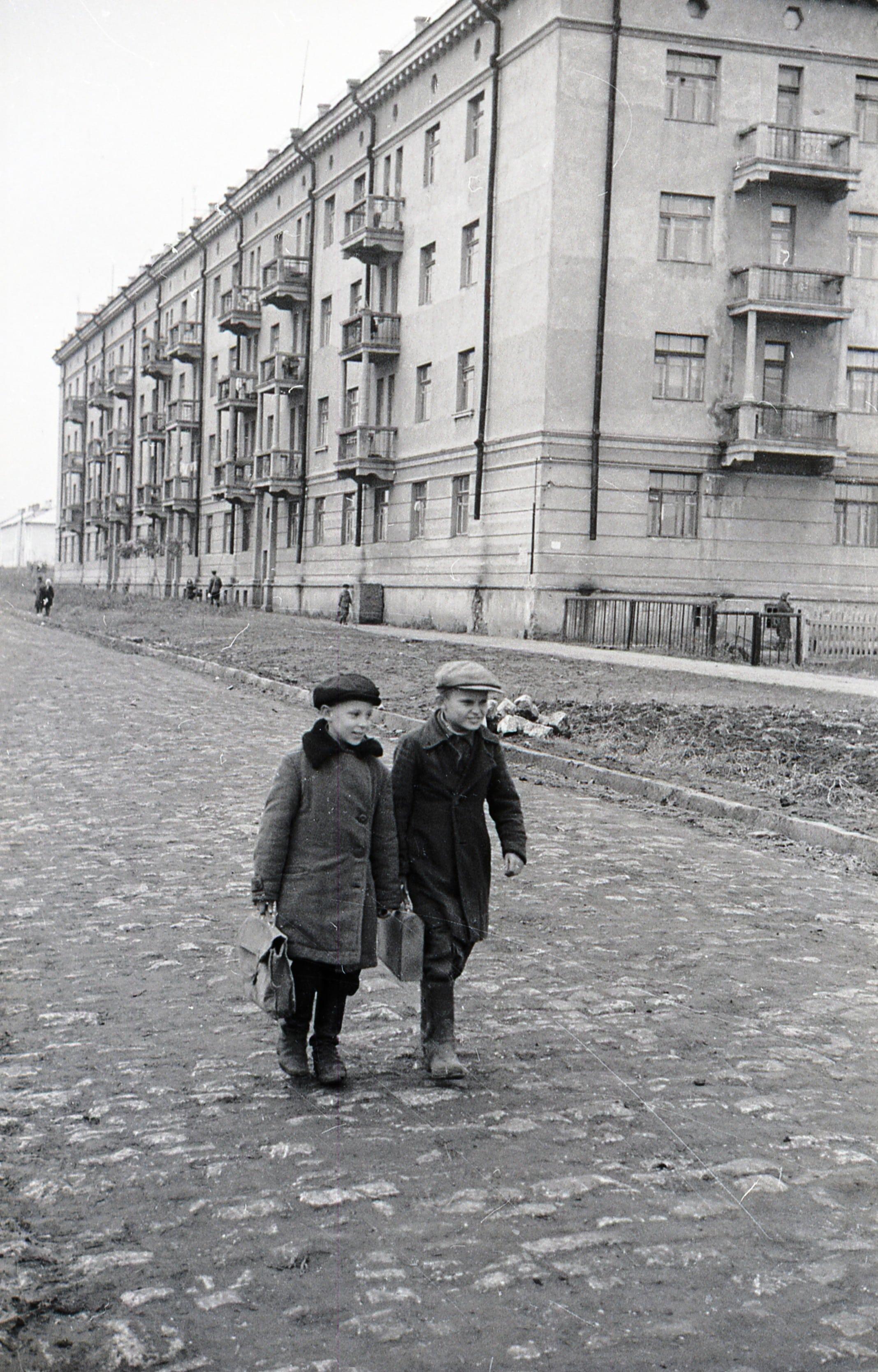 Улица Калинина в 1950-х годах