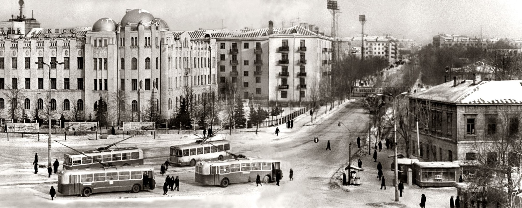 Панорама Комсомольской площади 1967