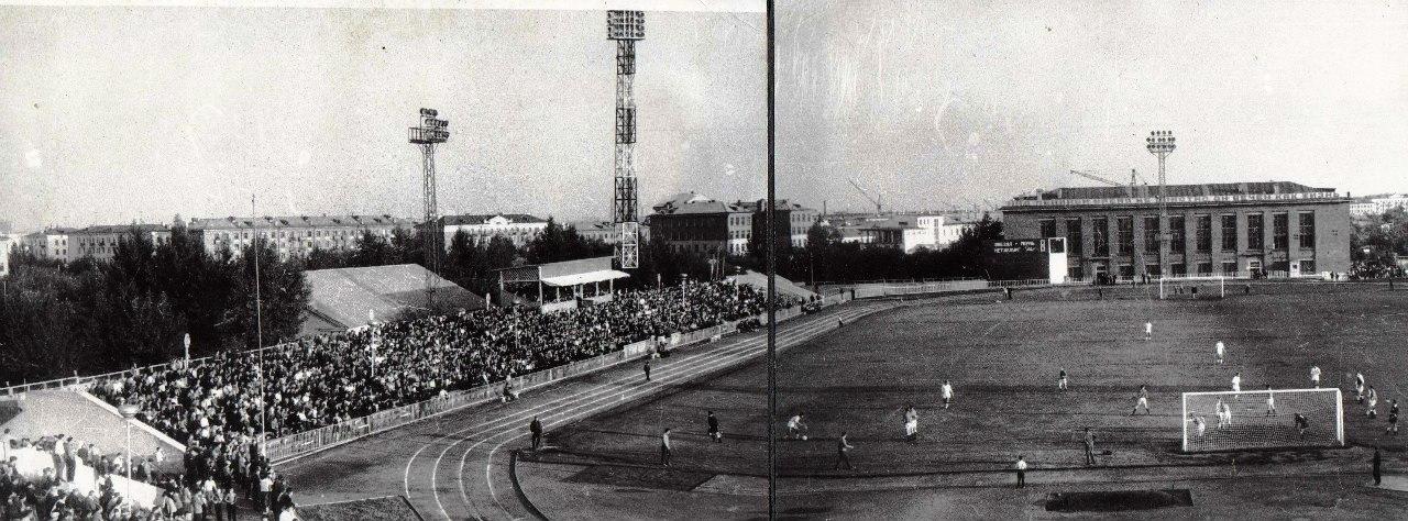 Матч между «Металлургом» (Куйбышев) и «Звездой» (Пермь).  1969 год.