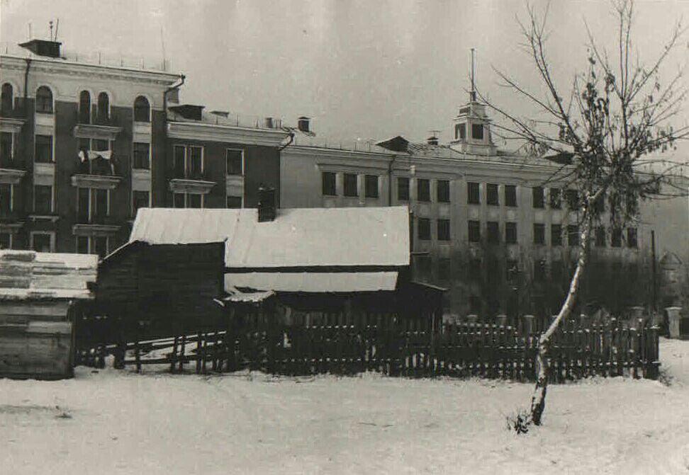 Туркменская-ФОТО-05-Куйбышев-1950-е-ул. Физк