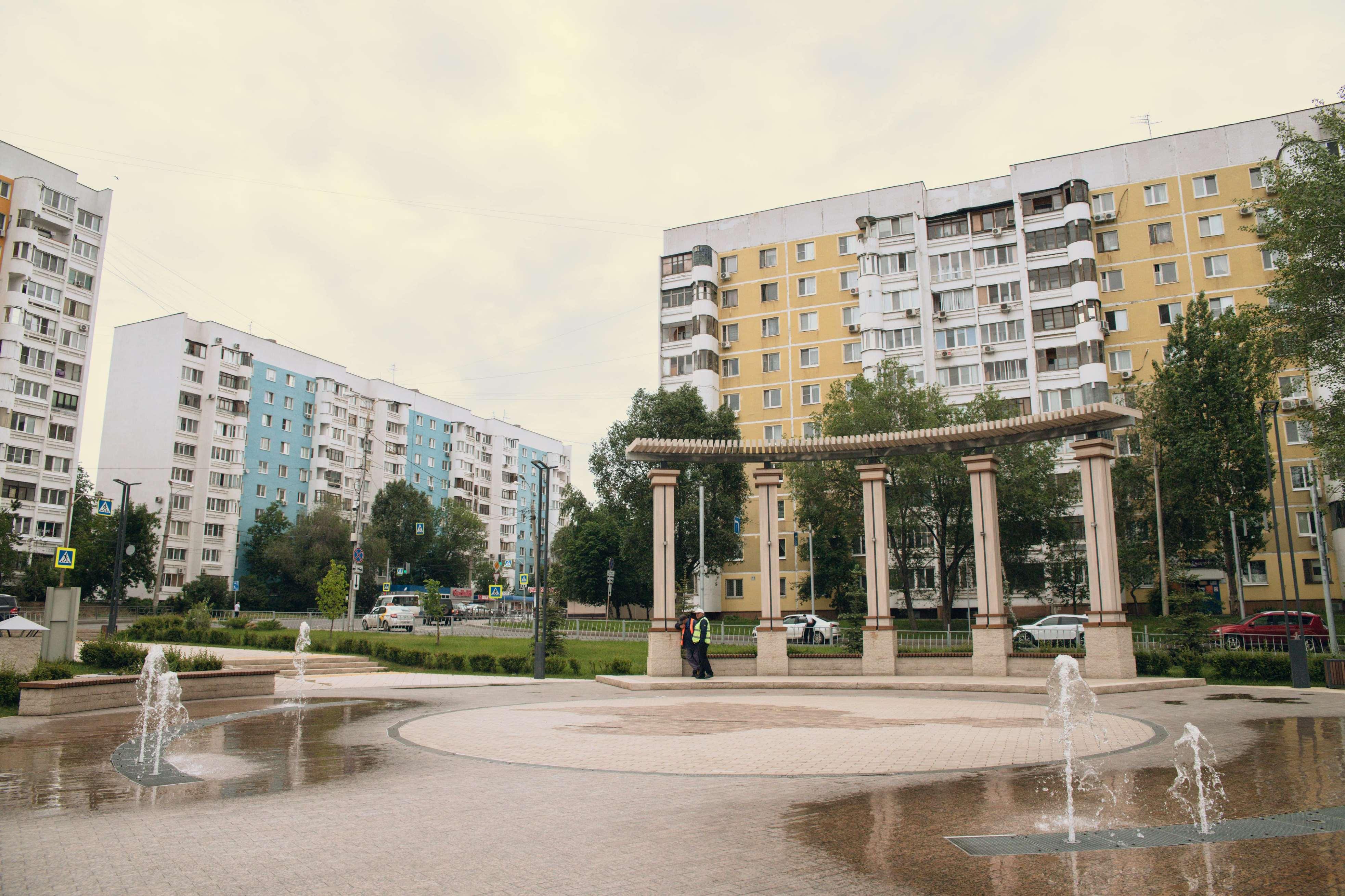 Благоустроенная Крымская площадь
