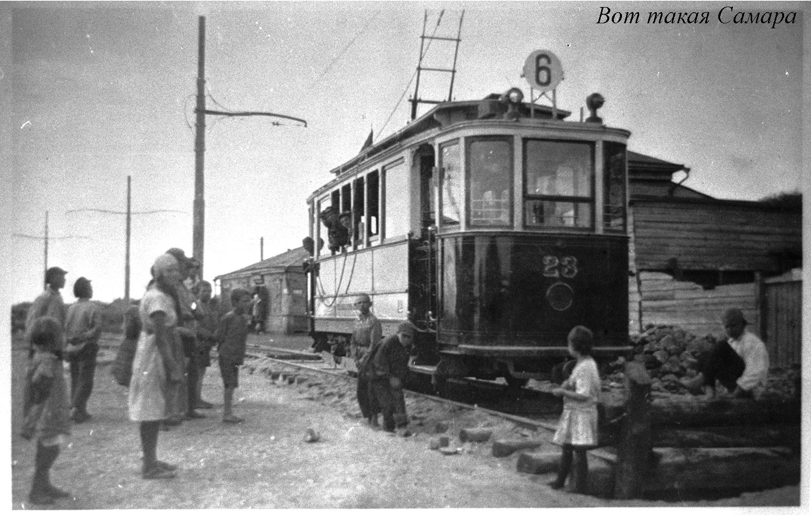 Шестой трамвай на улице Урицкого