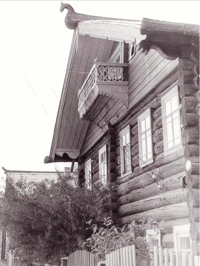 Дом с коньком в Архангельской области
