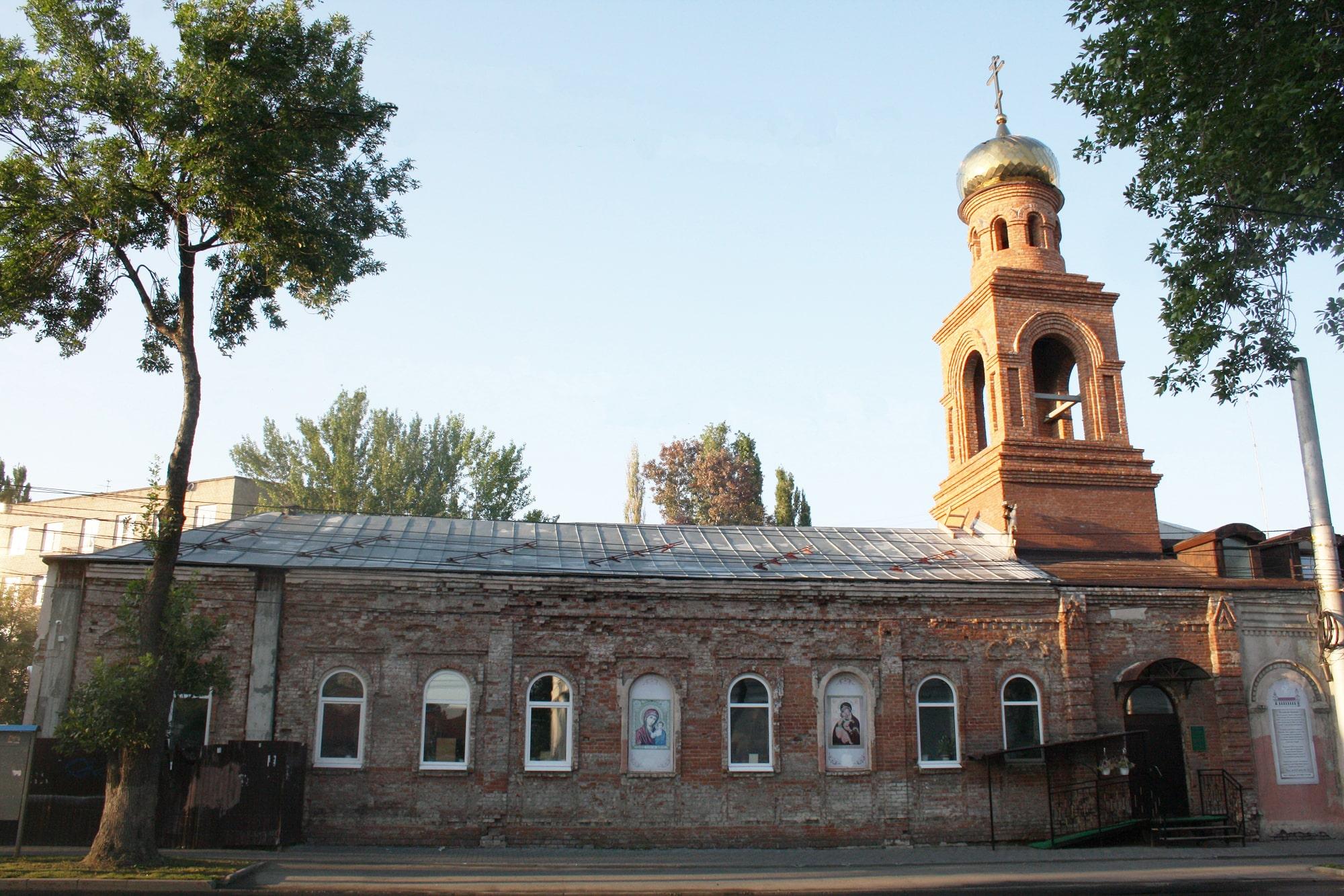 Церковь Казанской иконы Божьей матери, перестроенная из фабрики шведских спичек Кана – Зелихмана, 1899 год. Освящена 2 января 1900 года