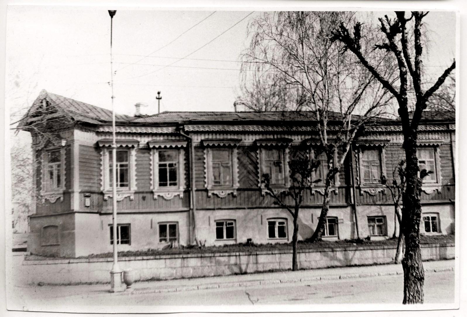 Монастырская усадьба на улице Фрунзе