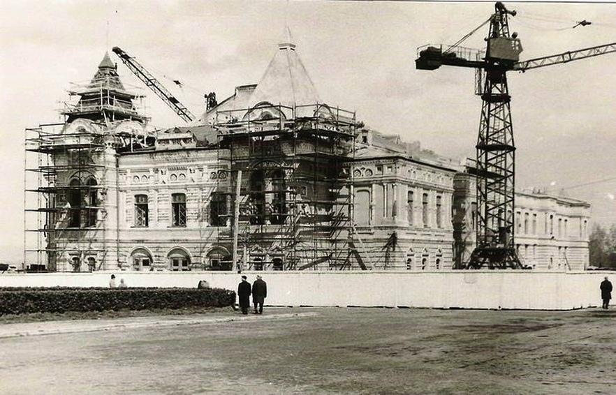 Реконструкция театра драмы в 1967 году